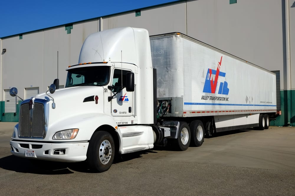 commercial-trucking-insurance-Brentwood-California